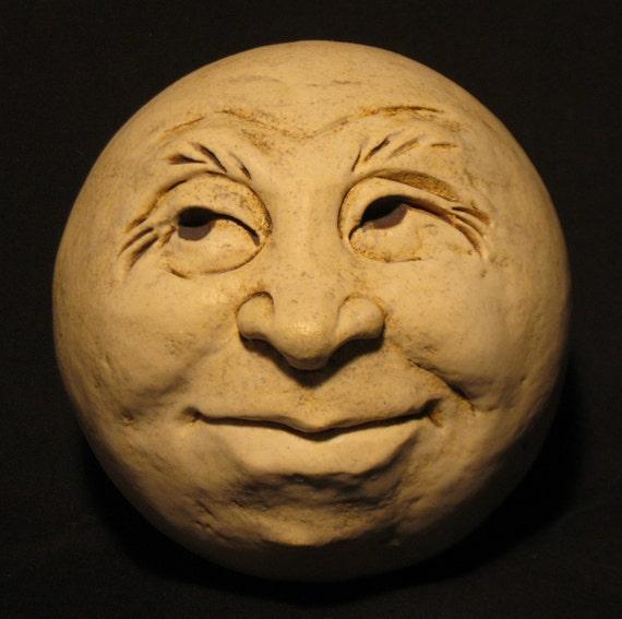 Man-in-the-Moon Garden Head, Antique White/Eggshell