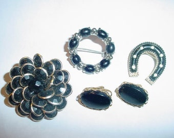 Collection of BLACK Costume jewelry pieces Lot of 4