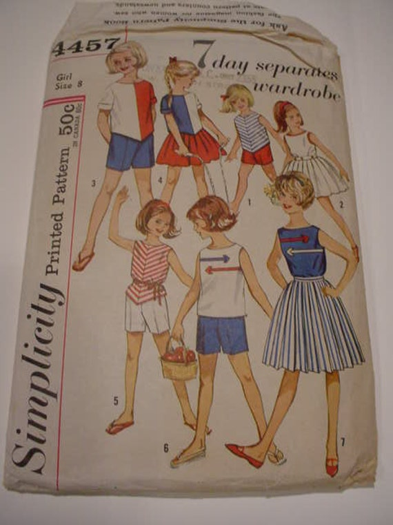 Simplicity 4457 Girl size 8 7 day separates wardrobe