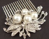 Vintage Bridal Comb, Wedding Hair Accessories, Rhinestone Leaves. Bridal Hairpiece, Bridal Headpiece, Pearl Hair Comb, APRIL