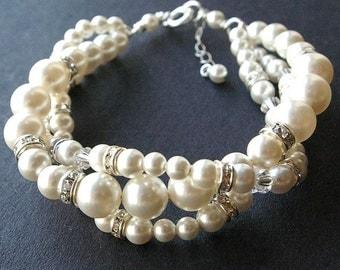 Modern Vintage Bridal Bracelet, Twisted Pearl Wedding Bracelet, Ivory White Pearl Bridal Jewelry, Classic Pearl Bracelet, GRACE
