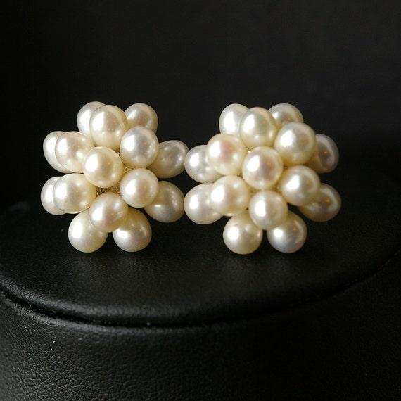 Pearl Cluster Bridal Earrings, Pearl Wedding Earrings, Freshwater Pearl Stud Earrings, Vintage Wedding Jewelry, Freshwater Pearl Earrings