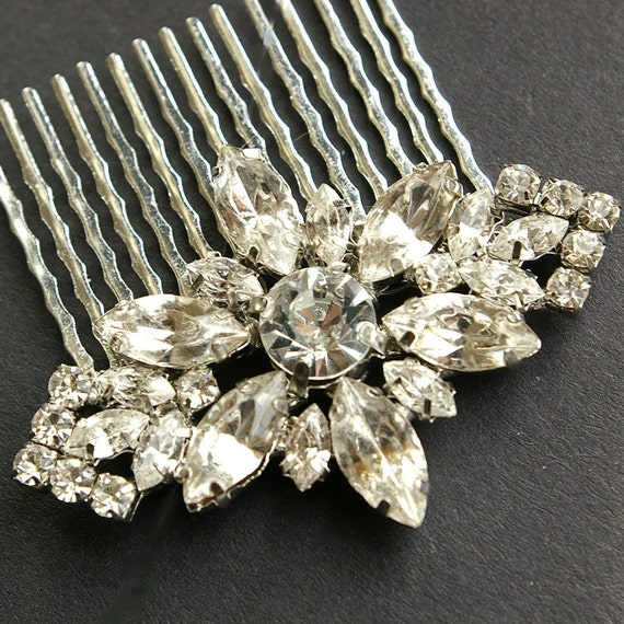 Bridal Hair Comb, Wedding Hair Accessories, Vintage Wedding Hair Comb, Crystal Flower Comb, Bridal Headpiece, FOREVER in BLOOM