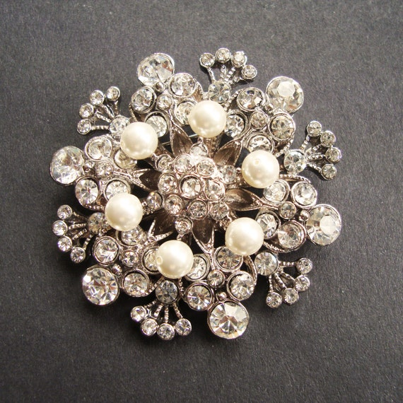 Vintage Style Wedding Bridal Brooch, Pearl Bridal Sash Brooch, Victorian Style Wedding Accessories, Bridal Brooch Pin, BOUQUET