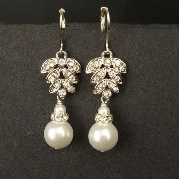 Crystal & Pearl Leaf Bridal Earrings, Rhinestone Leaves Wedding Earrings, Vintage Style Dangly Pearl Drop Earrings