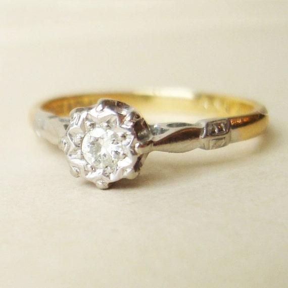 Art Deco Solitaire Diamond Ring, Platinum and 18k Gold Antique Diamond Wedding Engagement Ring Size US 6