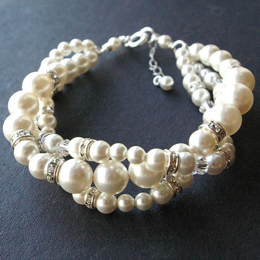 Wedding Charm Bracelet: Modern Vintage Bridal Bracelet Twisted Pearl Wedding