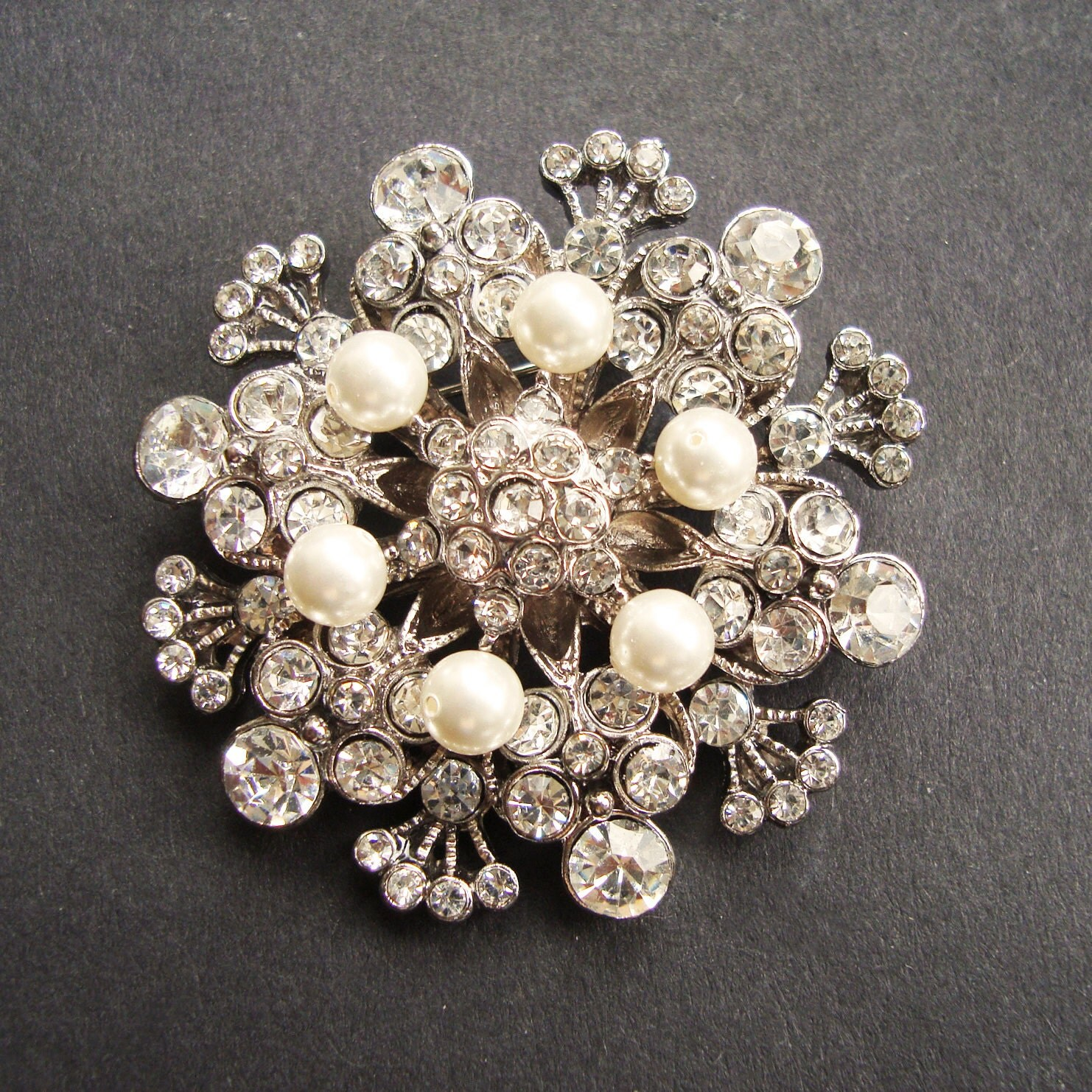 Vintage Style Wedding Bridal Brooch Pearl Bridal Sash Brooch