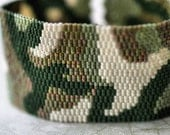 Camo Cuff ... Peyote Bracelet . Beadwoven Cuff . Olive Green . Military . Hunter . Camouflage . Army Chic . Abstract Design . Unisex