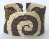 Chocolate Swirl ... Peyote Bracelet . Beadwoven Cuff . Bold . Spiral . Stylish . Cream . Contrasting Colors . Neutrals . Wide . Chic