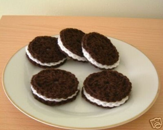 Lovely  Hand Crochet Oreo Cookies (biscuits)