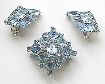 Ice Blue Brooch Earrings Demi Set Vintage Sky Blue Rhinestones, Silver-tone.