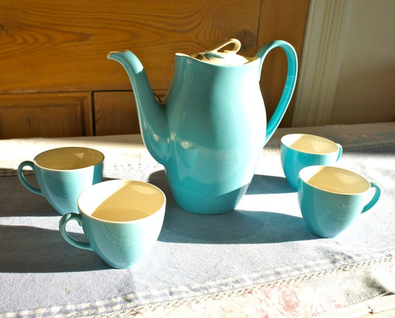 Vintage 1950s Johnson Brothers Coffee or Tea Pot With Four Cups