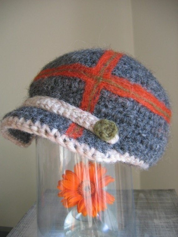 Frederiksberg - Pure wool felted  brim hat with crossing motif