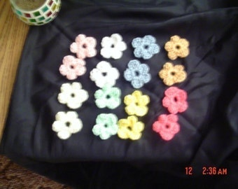 16 Small Crocheted Flowers