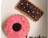 Felt Fuzzies - 2 Donuts (Doughnuts) 2 Go - Hair Clip Set
