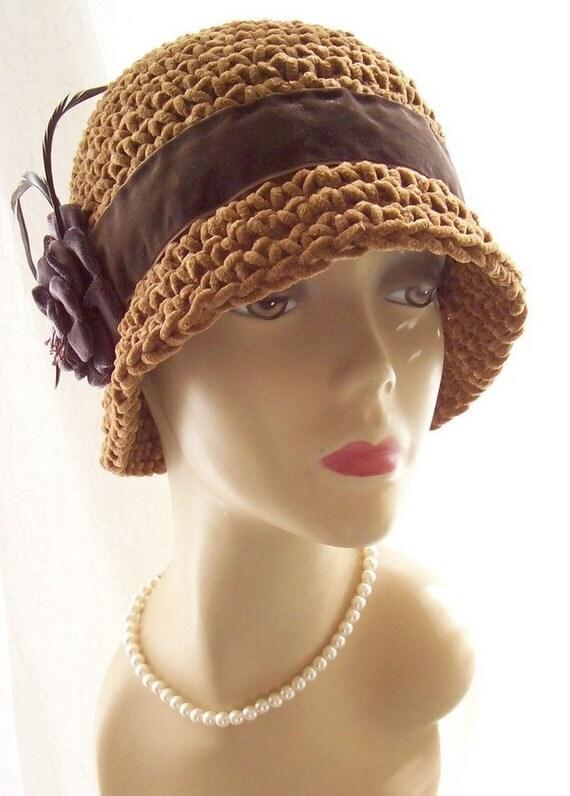 Caffee Faux Suede Cloche 1920s Style Flapper Hat Velvet Feathers M/L