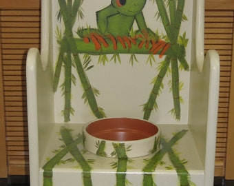 Flower Pot Chair Wooden Handcrafted Handpainted Tree Frog Design