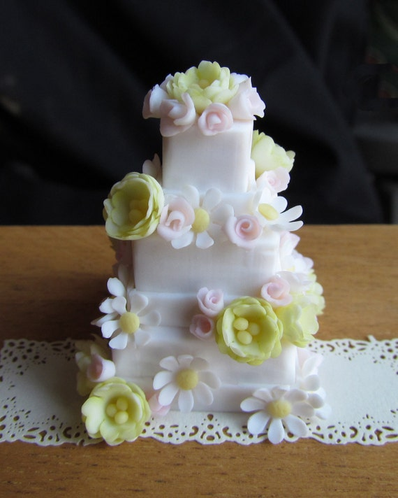 Dollhouse Miniatures Tutorials: Learn To Make Miniature Dollhouse Cakes By GoddessofChocolate