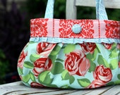 Short and Sassy Pleated Handbag PDF Sewing Pattern