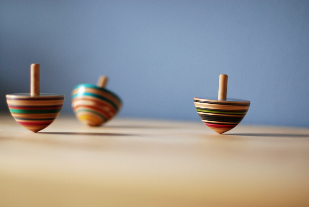 Toy Spinning Top : Recycled skateboard spinning top toy