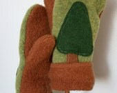 Felted Wool Mittens- Christmas Tree-Upcycled Clothing