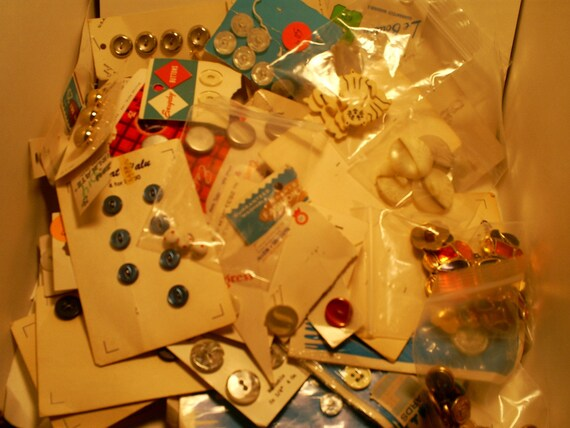 Oodles of Buttons-Vintage Button Stash