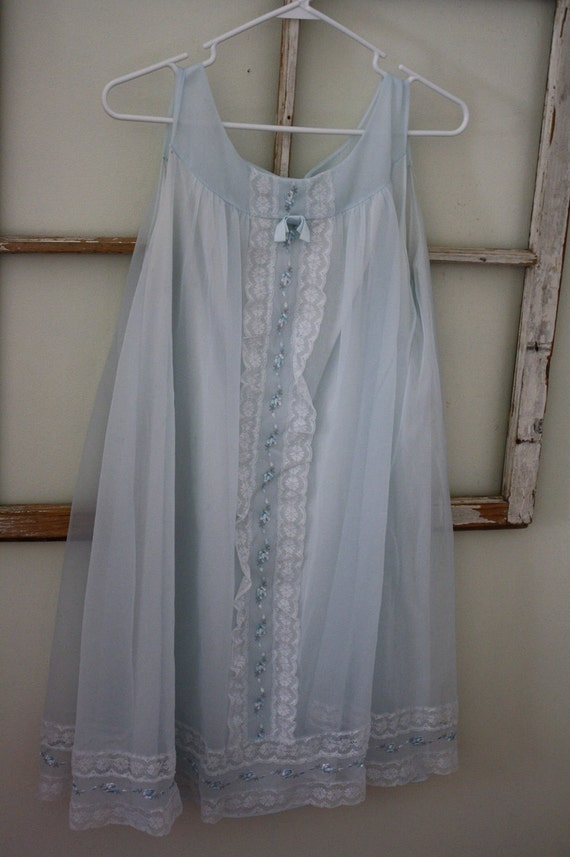 Vintage Baby Doll Nightgown-Light Blue