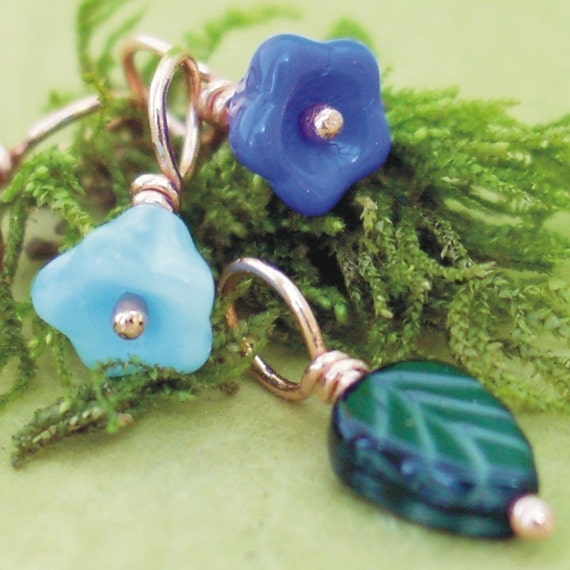 POSIE BLUES - Stitch Markers on Handmade Copper Headpins - Set of 5 - US8