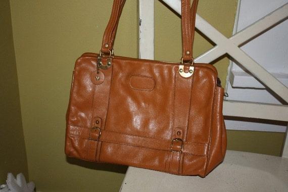 Caramel Hobo Handbag.  Fabulous.