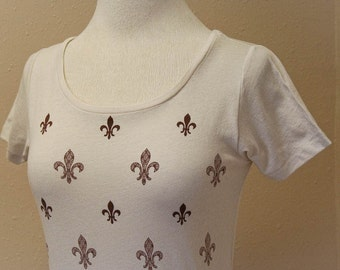 French Fleur de Lis Organic Scoop Neck Shirt