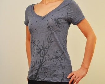 Blooming Water Plant Burnout Vneck