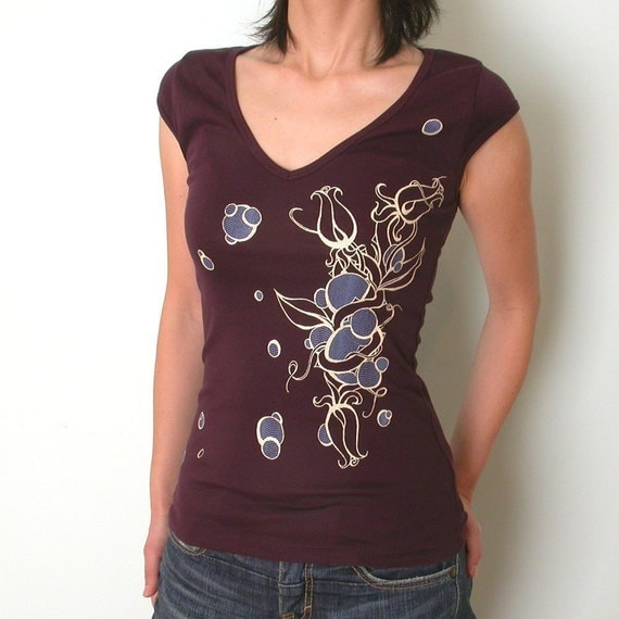 Rose Bubble Womens Vneck  L,XL and XXL