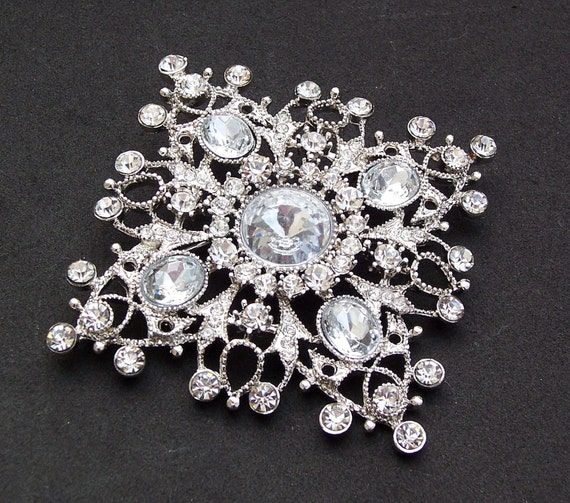 Vintage Style Brooch with Rhinestones, MONICA