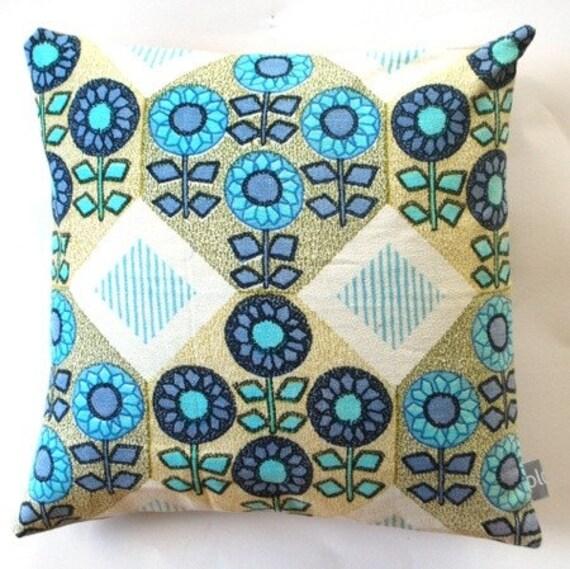 """Decorative retro throw pillow cover -  no 40 - 16"""" x 16"""""""
