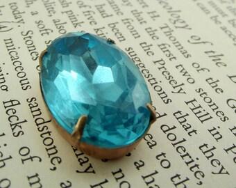 Vintage blue faceted glass pendant