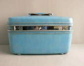Turquoise Blue Samsonite Train Case Luggage