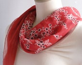 Women'sVintage Red Floral Scarf