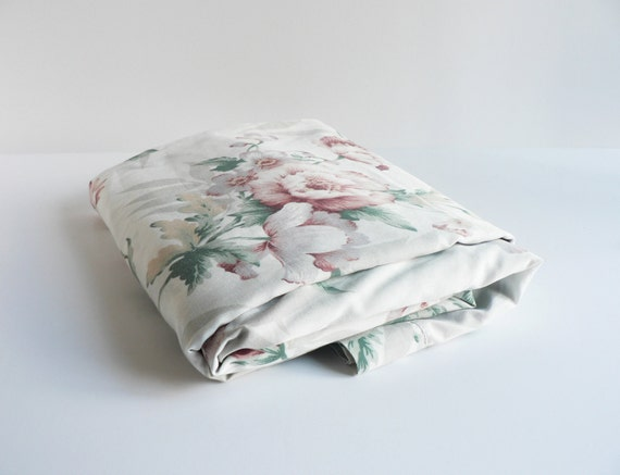 chintz floral flat sheet queen size. Black Bedroom Furniture Sets. Home Design Ideas
