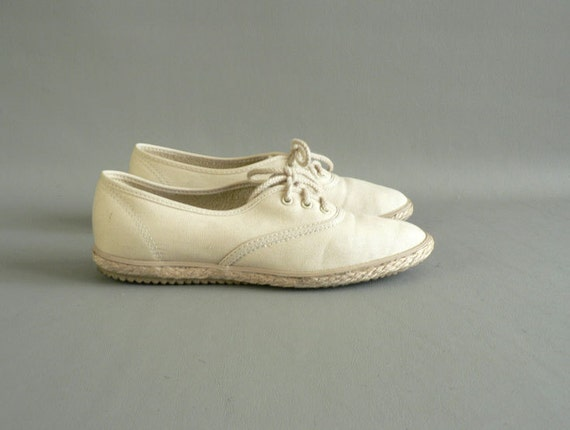 Yellow Canvas Tennis Shoes, Women's Size 71/2 Sneakers