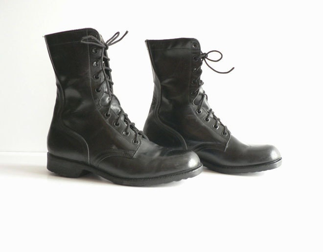 s black leather lace up boots size 9 w