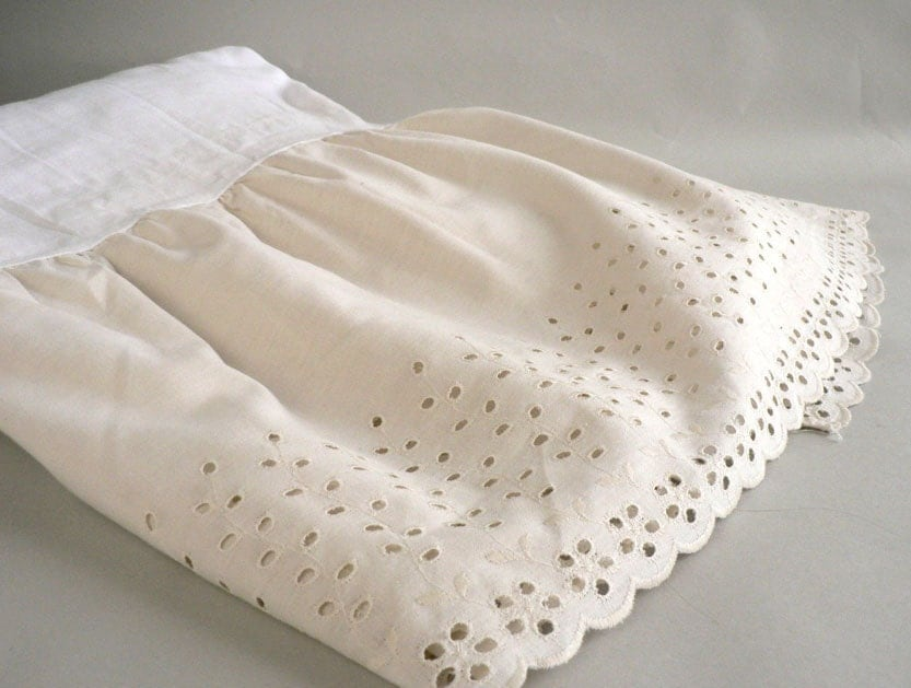 Ivory Bed Skirt With Eyelet Lace Full Size Dust Ruffle
