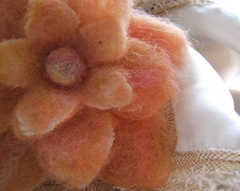Felted Flower Brooch/Pin