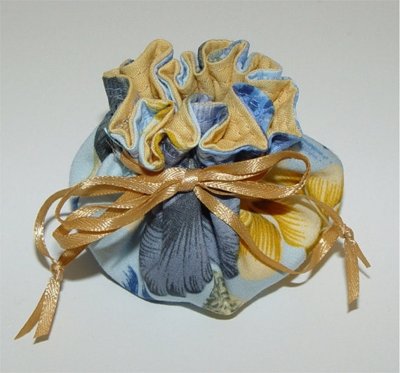 jewelry pouch. favor bag. mini drawstring bag