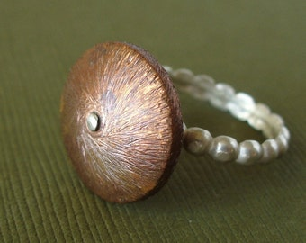 Riveting - Addictive - SPINNING Ring - Size 6