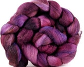 AUBERGINE falkland wool roving 4.3 oz