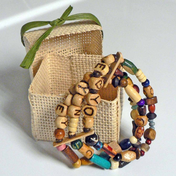 Mommy Mother's Bracelet Personalized Kids Names Wood Beaded Bracelets Natural Earthy Earth tone Colors Nursing Reminder Mother's Day Gift