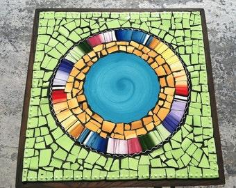 Mosaic Tile Art Retro Modern Round End Table broken Plate Art Blue Turquoise Bright Green