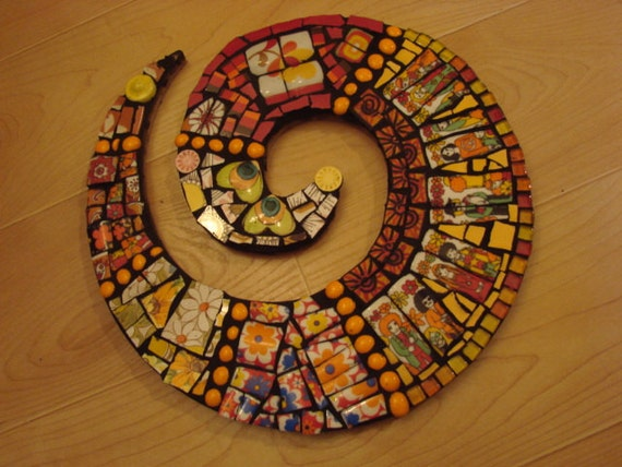 Mosaic Tile Art Retro Hippies Peace People Broken Plate Swirl