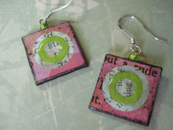 fUnKy retRo viBe piNk leMoNaDe sQuaRe aNd liMe ciRcLe eArRiNgs